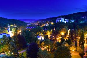 Nocny widok na Sanatorium